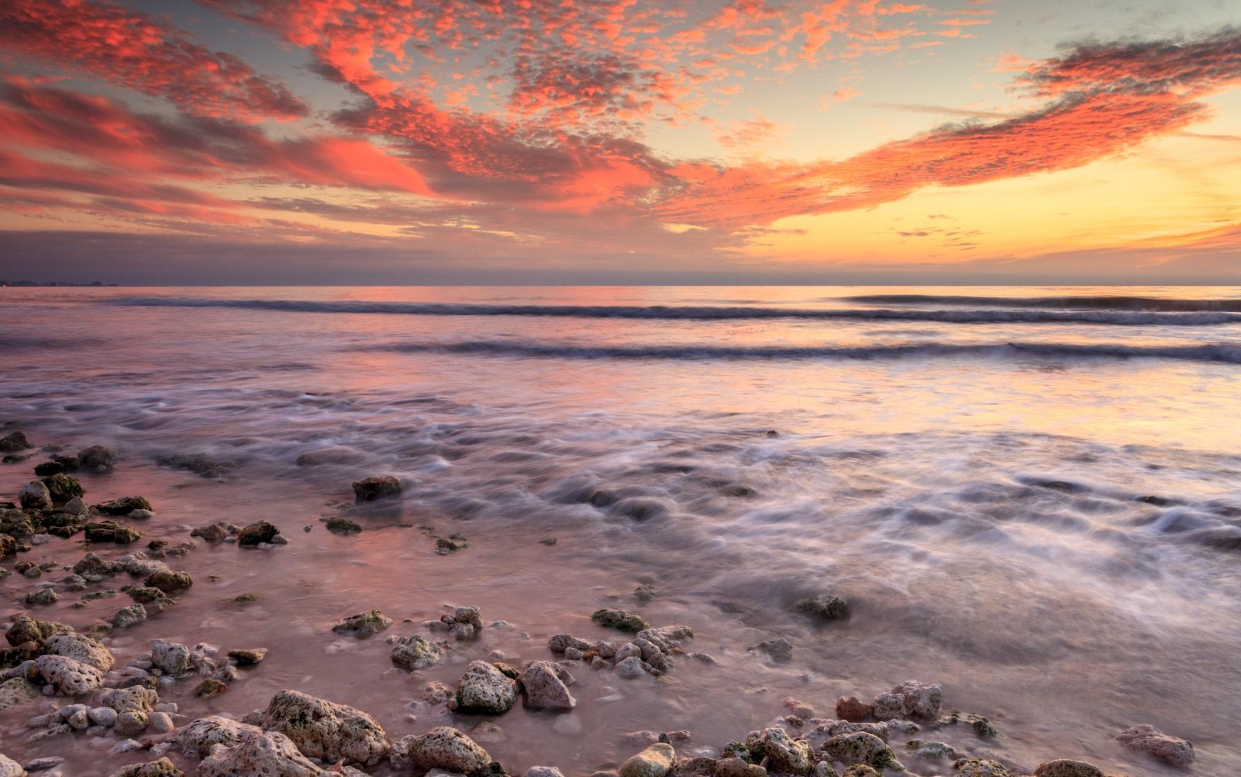 Apollo Beach-min